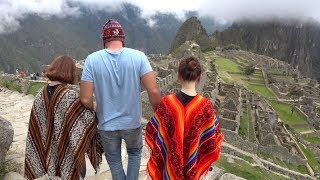 Нашел затерянный город в Перу и двух кореянок. Здесь творится безумие.