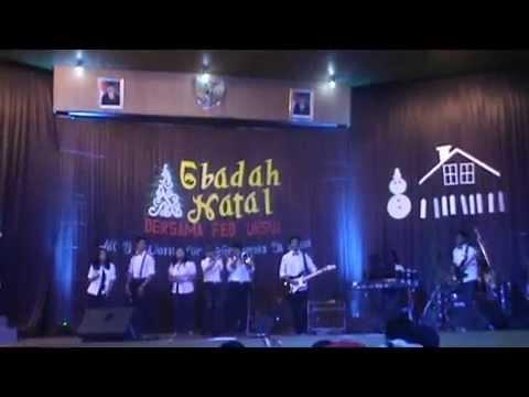 SmuqBand Final Lomba Band aransemen lagu Natal FEB UKSW 2014