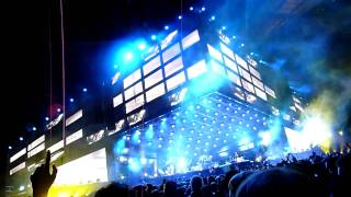 Muse - War Within a Breath riff + Endless Nameless riff (Live at Wembley 2010)