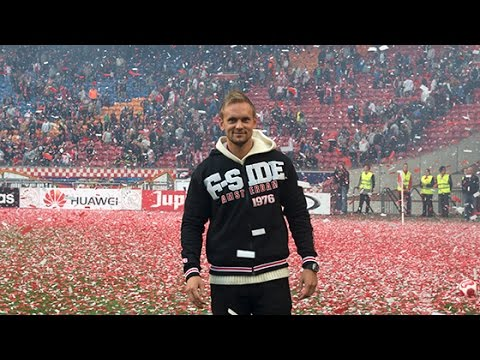 Ajax neemt afscheid van De Jong