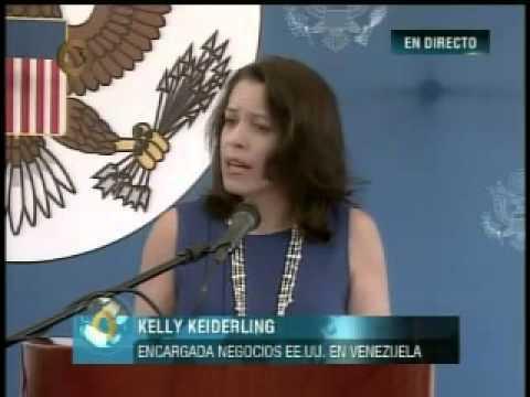 Encargada de negocios de EEUU se despide tras expulsión de Maduro 1/2