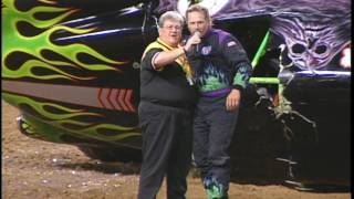 Grave Digger vs Bulldozer Freestyle from St  Louis 1999