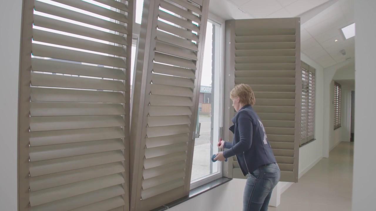 Comment laver les vitres derri re les volets int rieurs for Volets interieurs