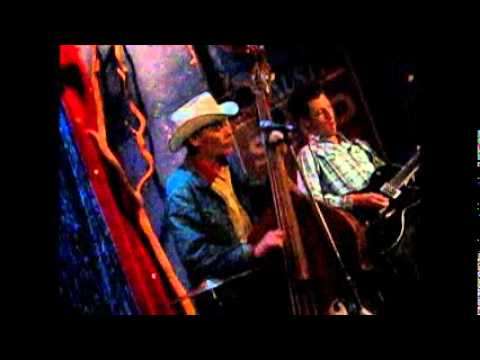 The Ronnie Hayward Trio – Whiskey Flavoured Kisses