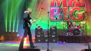 Mr. Big performing Colorado Bulldog in Hong Kong, 19/06/2018.