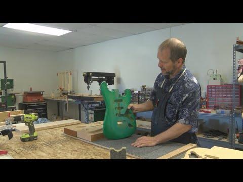 Corrales music shop hosts guitar building class