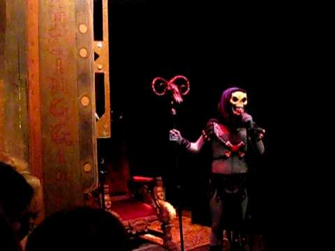 Skeletor Karaoke