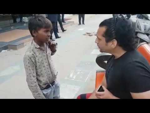 Shocked To See This Barefoot Child Polishing People's Shoes