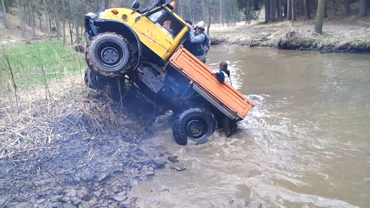 mercedes unimog extreme off road compilation youtube. Black Bedroom Furniture Sets. Home Design Ideas