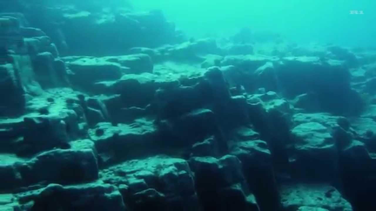 積丹・美國の海底遺跡(柱狀節理) - YouTube