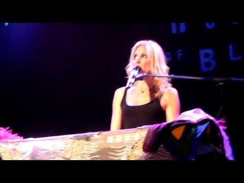 Deborah Gibson HOB Chicago 2011