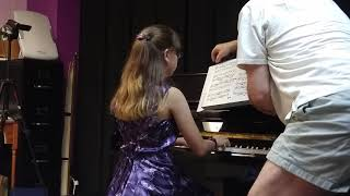 Invention in B flat Major by Bach (August 16, 2015) | Elena Santin