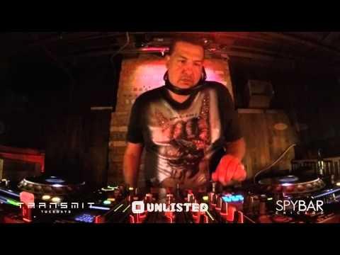 Augie De LaRosa LIVE at Spybar Chicago for #TransmitTuesday (2.23.16)