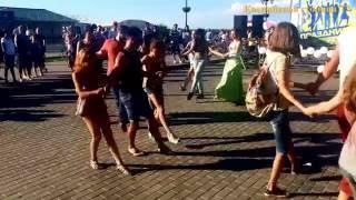 Танцуем Ирландский танец на Набережной Волги