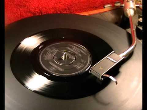 Paul Jones - The Dog Presides - 1968 45rpm