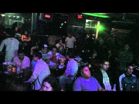 Alvaro (alkimia Bohemia) en programa radial zitro karaoke 107.1 fm