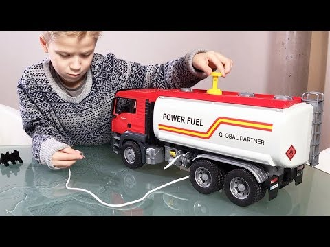 BRUDER TRUCKS Tanker for KIDS Bruder MAN TGS Tankwagen REVIEW by JACK JACK