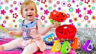 Бьянка и Яблоко - Учим Фрукты - Дада игрушки для малышей!