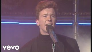 Rick Astley - Never Gonna Give You Up (Live)