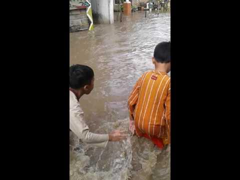 Suasana Banjir di Desa.kedungrejo Kecamatan.Muncar-Banyuwangi