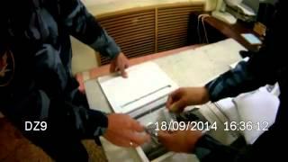 В Екатеринбурге обвиняемый спрятал в томах уголовного дела мобильные телефоны(, 2014-10-12T14:20:51.000Z)