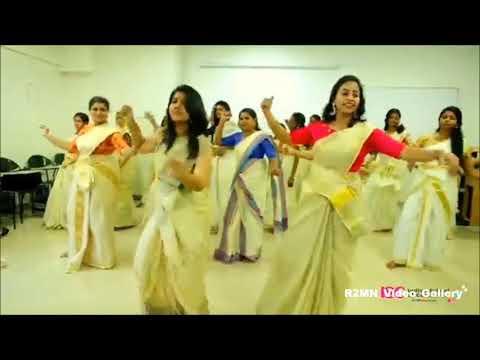 Jimikki Kamal Sheril dancing for Vijay's Mersal Song | Remix video