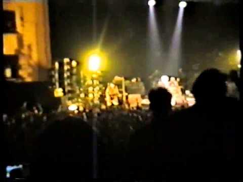 "The Offspring - Live at ""Coliseu do Porto"" (29 Abril 1998) Full Concert"