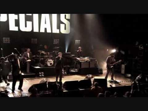 The Specials Live !!!!!   Do The Dog