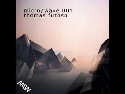 micro/wave 001 -  Thomas Futoso