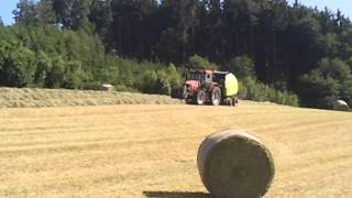 baling and lifting hay with new holland case ih and john deere