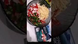 Простой быстрый и вкусный салат крабовые палочки болгарский зелёный лук сыр