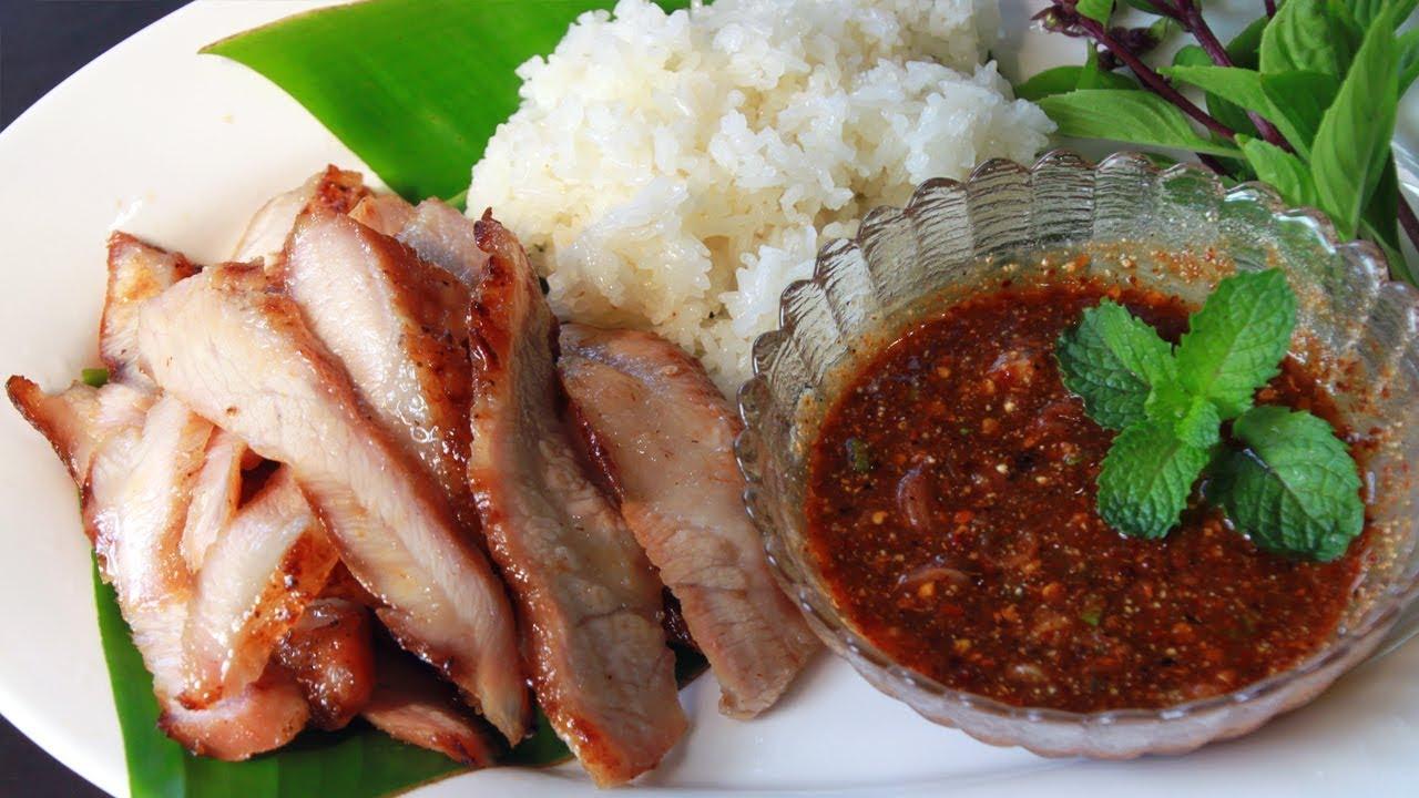 คอหมูย่างกับน้ำจิ้มแจ่วแซ่บๆ หอมนุ่มอร่อย ไม่ง้อร้านดัง Charcoal-broiled pork neck l กินได้อร่อยด้วย
