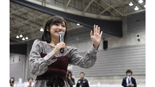 アイドルグループ「AKB48」を年内で卒業する渡辺麻友さんが18日、パシフ...