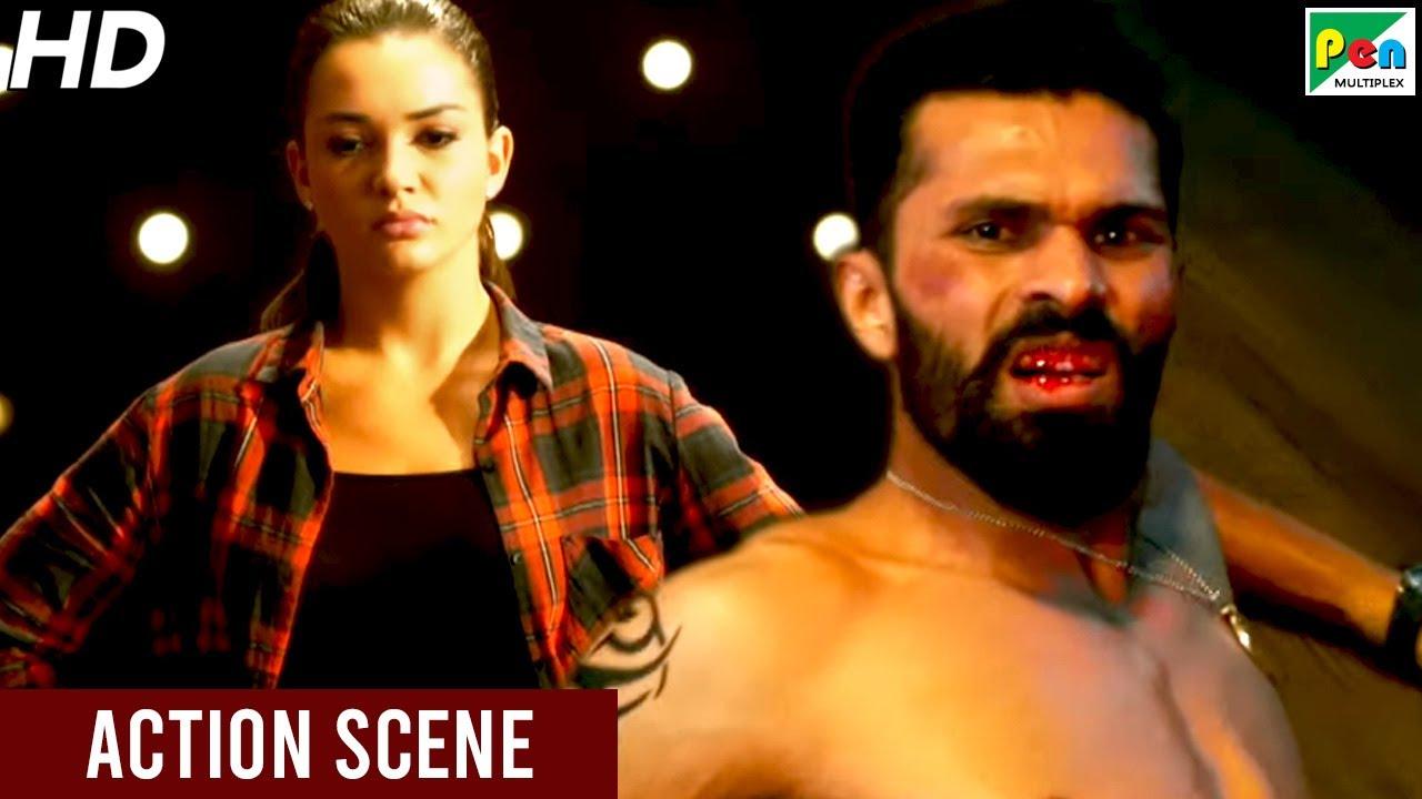 एमी जैक्सन की गुंडों के साथ लड़ाई   Singh Is Bliing   Lara Dutta, Akshay Kumar, Kay Kay Menon