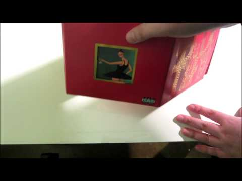Kanye West - My Beautiful Dark Twisted Fantasy (Deluxe Edition) Unboxing
