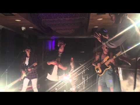 DNCE, Joe Jonas' New Band, Showcase Live in NYC (9-15-15)
