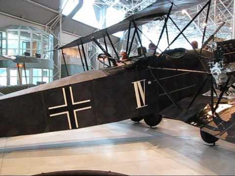 Ww1 German Planes >> A E G G IV - WWI German bomber - YouTube