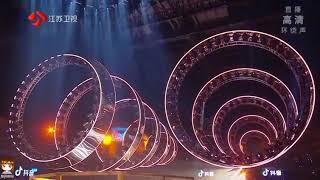 Young | It's You | 重生 [Cai Xukun / 蔡徐坤]  Breathtaking Performance