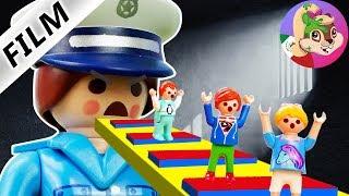 Playmobil series in Spanish FUGA DE LA PRISION JULIAN, EMMA AND HANNA ROBLOX IN REAL LIFE
