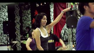 ZUMBA WITH JEFF & LUISE - MAMBO NO.5