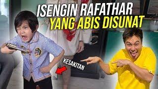Download lagu ADUH KACAU ! ABIS DISUNAT BAIM DIUNDANG KE RUMAH RAFATHAR !! SALAH BESAR !! SALAAAHH BANGET !!!