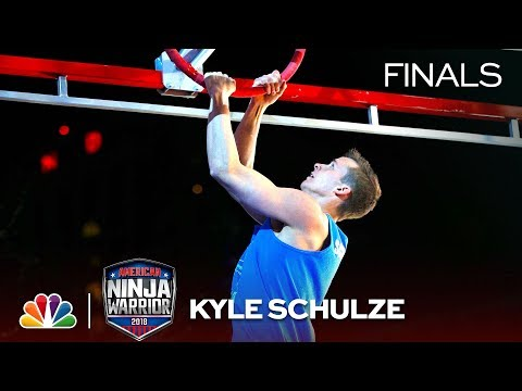 Kyle Schulze at the Indianapolis City Finals - American Ninja Warrior