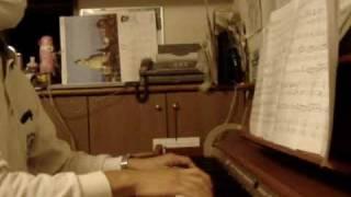 崖の上のポニョをピアノ伴奏してみました。メロディーはバイオリンです。