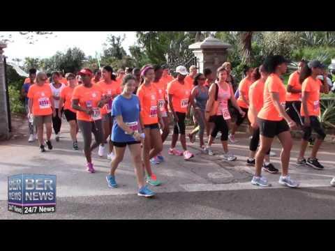 Start Of PartnerRe Women's 5K Road Race & Walk, October 11 2015