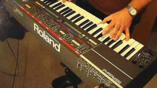 Roland Juno-106 Analog Synthesizer (1984)