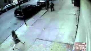 A Woman Chases After Two Men who Stole Her Cell Phone in Crown Heights 6-9-13
