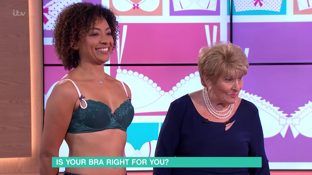 f8e1af62e7 Correctly Fitting Bras for Small Boobs
