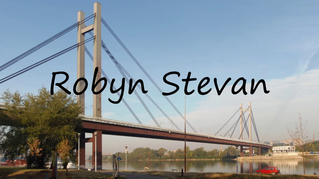 picture Robyn Stevan