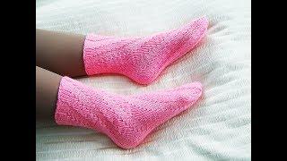 Спиральные носки спицами. Носки без пятки. Вязание первых носков.