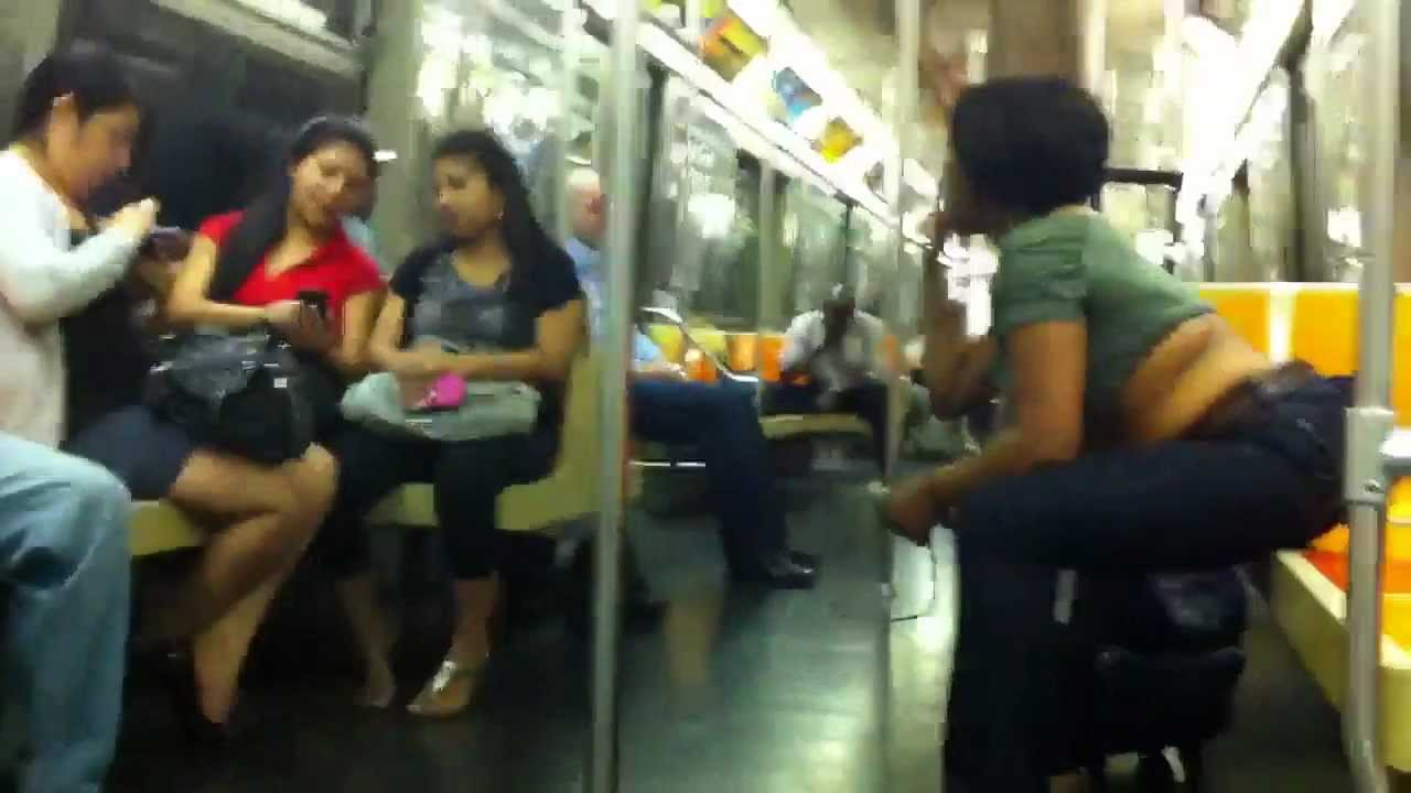 Black Women Vs 3 Mexican Women On The D Train